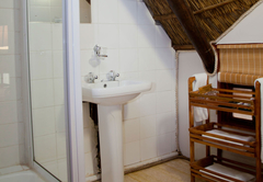 Bush Lodge Bathroom