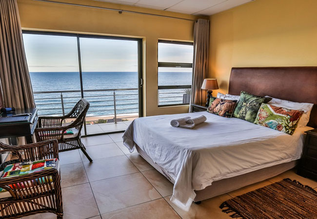 Queen Room with Balcony and Sea View