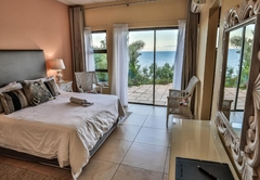 Queen Room to Pool with Sea View